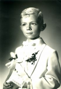 1st-communion---retro-254664-m