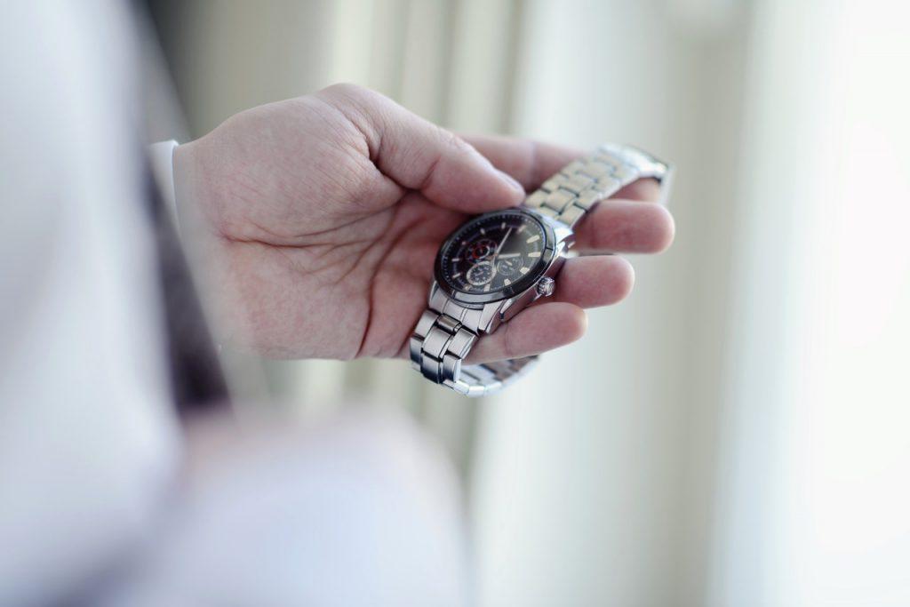 Zegarek oryginalny a nie podróbka